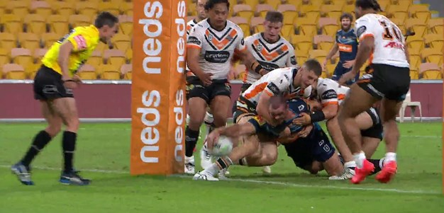 Hipgrave gets long-awaited first NRL try