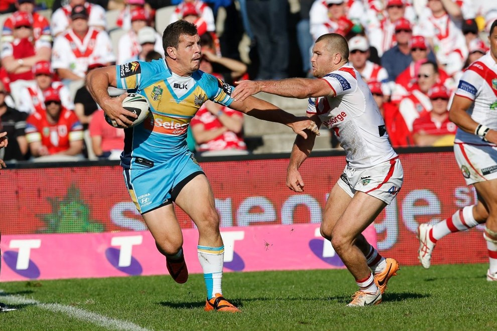 NRL St George Illawarra VS Gold Coast Titans at WIN Jubilee Stadium, monday 24 August 2014. pic Dave Tease | SMP Images
