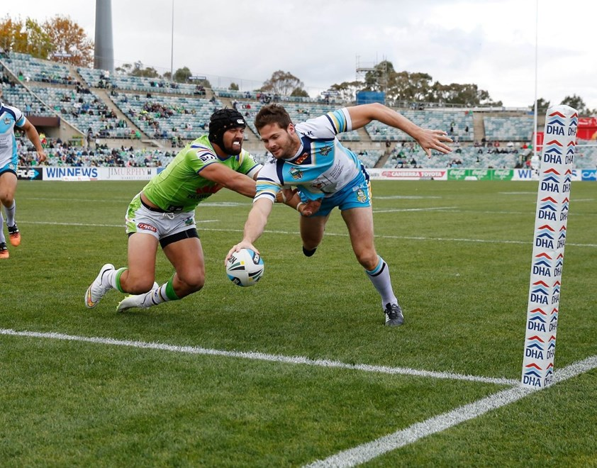Anthony Don scores : Digital Image by Robb Cox ©nrlphotos.com: :NRL Rugby League - Canberra Raiders V Gold Coast Titans at GIO Stadium, Saturday May 9th 2015.