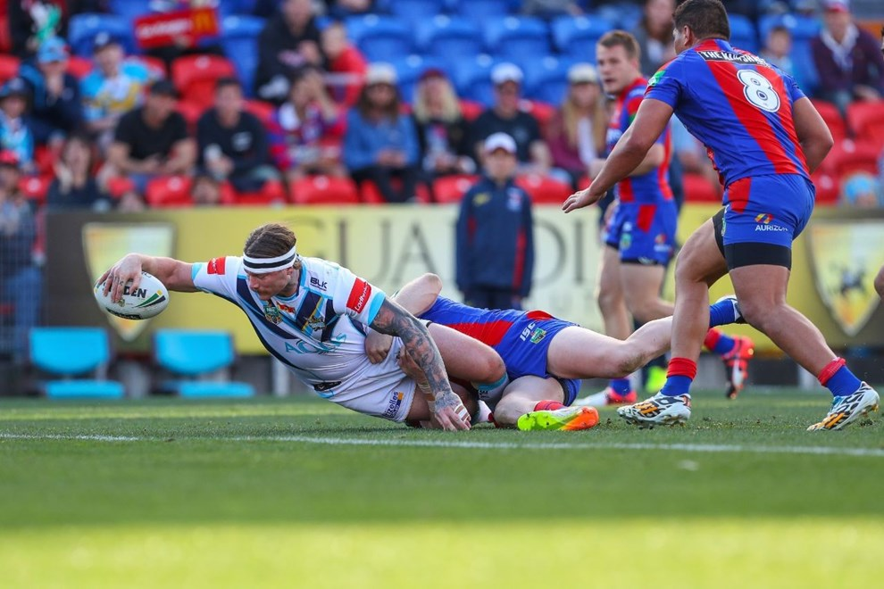 Competition - NRL Premiership Round. Round - Round 24. Teams - Newcastle Knights v Gold Coast Titans. Date - 20th of August 2016. Venue - Hunter Stadium, Broadmeadow, NSW. Photographer - Paul Barkley.