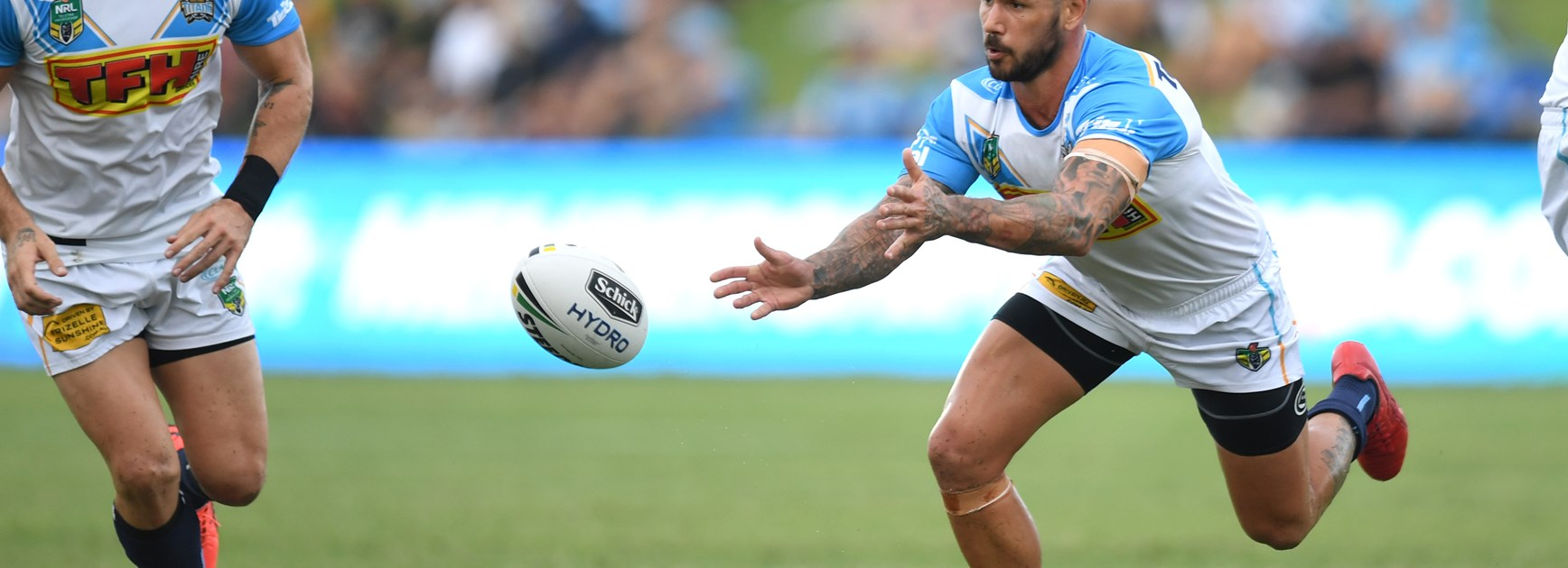Warriors halves fire in trial win over Titans
