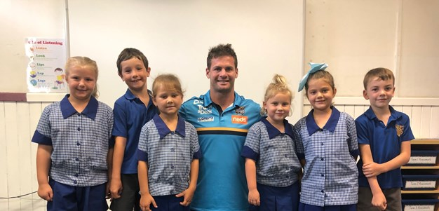 Don spreads NRL message as part of 'Road to Regions'