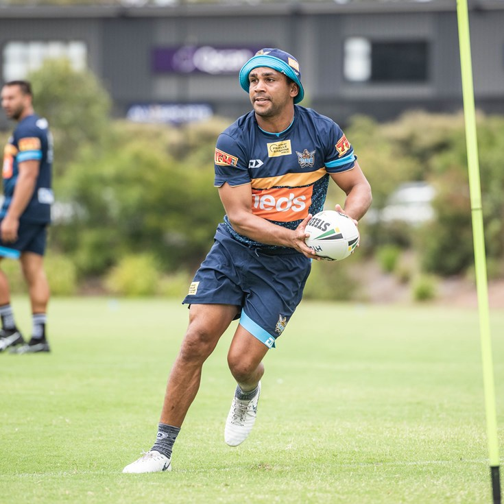James & Peachey to attend NSW Camp